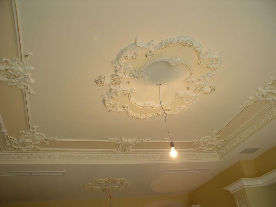 Отделка потолка в квартире отделка