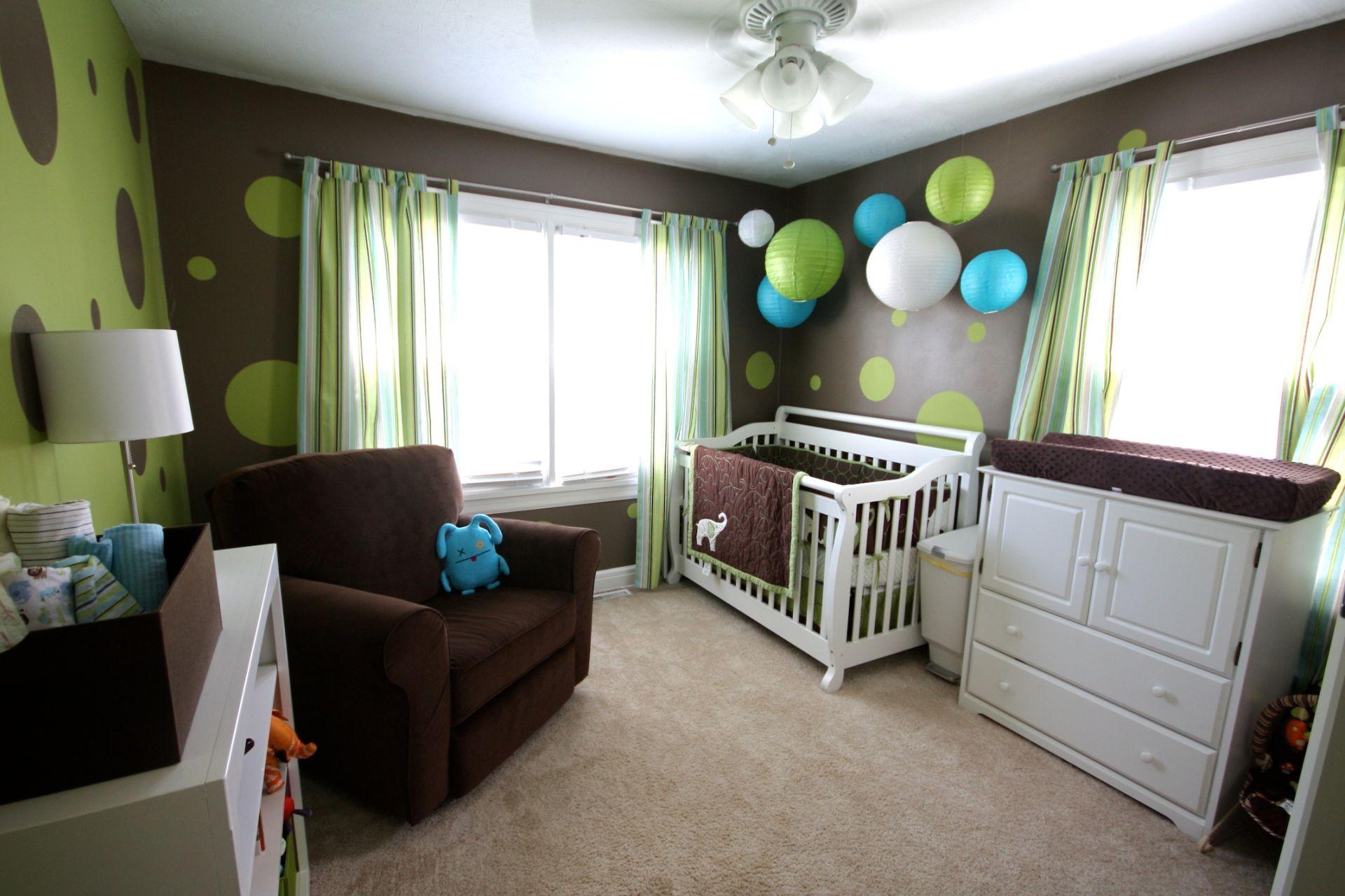Дизайн маленькой детской комнаты - идеи интерьера для девочк.