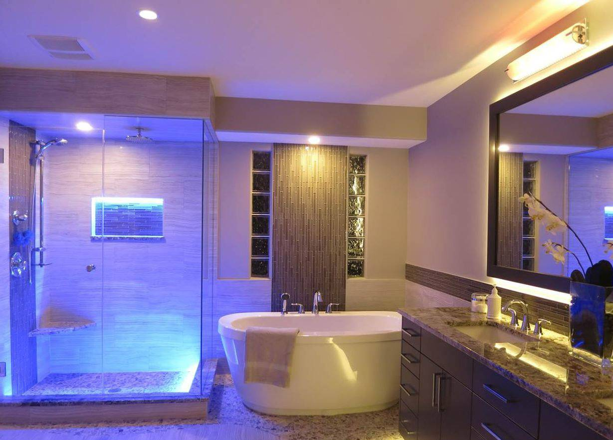 Bathroom strip light