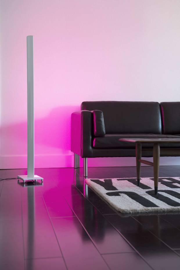 53 b Использование неоновой подсветки для дома Фото