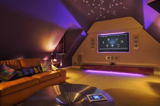 70 b Использование неоновой подсветки для дома Фото