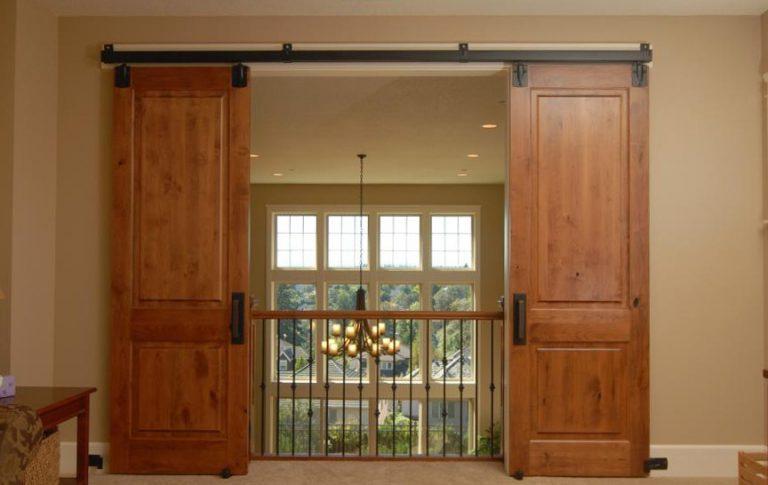 Навесные двери на роликах